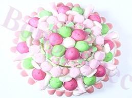Gros gateau  de bonbons rose et vert